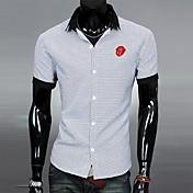 メンズシャツネックネックラインコントラストカラーのカジュアルファッションTシャツ