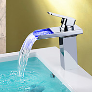 Nykyaikainen Integroitu Vesiputous LED with  Keraaminen venttiili Yksi reikä Yksi kahva yksi reikä for  Kromi , Kylpyhuone Sink hana