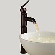 Art Deco/Retro Pesuallas Vesiputous with  Keraaminen venttiili Yksi reikä Yksi kahva yksi reikä for  Öljytty pronssi , Kylpyhuone Sink
