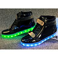 Feminino Tênis Tênis com LED Conforto Couro Ecológico Primavera Verão Outono Inverno Corrida Tênis com LED Conforto LED RasteiroBranco