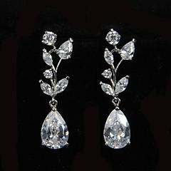 Platinum glamour plaqué avec les boucles d'oreille de baisse de Zircon Femmes