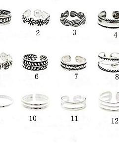 בגדי ריקוד נשים תכשיטי גוף טבעת אצבע קאף טבעת עיצוב מיוחד ארופאי וינטאג' תכשיטים אופנתי סגסוגת Flower Shape תכשיטים תכשיטים עבור Party