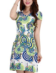 여성 칼집 드레스 캐쥬얼/데일리 플러스 사이즈 정교한 디테일 플로럴,라운드 넥 무릎 위 짧은 소매 레이온 폴리에스테르 여름 중간 밑위 약간의 신축성