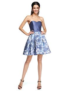 גזרת A לב (סוויטהארט) קצר \ מיני מיקאדו שמלה לשושבינה  עם סרט על ידי LAN TING BRIDE®