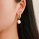 זול סטים של תכשיטים-בגדי ריקוד נשים עגיל רטרו ציפוי פשוט קלסי וינטאג' ארופאי דמוי פנינה עגילים תכשיטים זהב עבור מתנה יומי חגים עבודה זוג 1