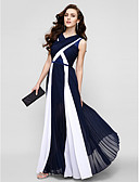 hesapli Gece Elbiseleri-Sütun V Yaka Yere Kadar Şifon / Dantelalar Dantel / Haç ile Mezunlar Günü / Balo / Resmi Akşam Elbise tarafından TS Couture®