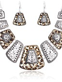 cheap Quartz Watches-Women's Hollow Out Jewelry Set - Statement, Vintage, Ethnic Include Drop Earrings Bib necklace Gold / Silver For Carnival Masquerade