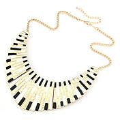 女性 チョーカー カラー シェル 合金 パンクスタイル ファッション ブラックとホワイト 虹色 1 2 ジュエリー パーティー 日常