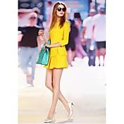 女性の春スレンダー気質のドレス