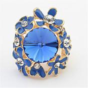 魅力的な小さな花のダイヤモンドの宝石のリング古典的な女性のスタイル