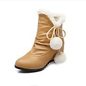 Mujer Zapatos PU Otoño / Invierno Botas de nieve Botas Tacón Plano Pompón Beige / Rosa / Almendra