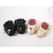 レディース 靴 PUレザー 秋 コンフォートシューズ フラット フラットヒール ラウンドトウ リベット のために カジュアル ゴールド ブラック