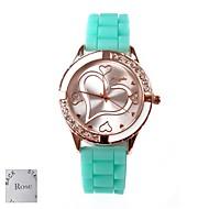 お買い得  名入り腕時計-パーソナライズされたギフトの女性の愛のパターンのラインストーンの付いた緑色のゴムバンドアナログ刻ま腕時計のダイヤル
