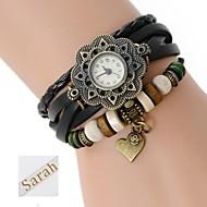 billige Personaliserte klokker-personlig gave kvinners trelags wrap pu lær armbånd analog gravert klokke med rhinestone
