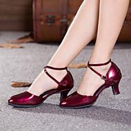 baratos Sapatilhas de Dança-Mulheres Sapatos de Dança Moderna Couro Envernizado Salto Presilha / Vazados Salto Cubano Não Personalizável Sapatos de Dança Vermelho / Prateado / Dourado / Interior / Espetáculo / Ensaio / Prática