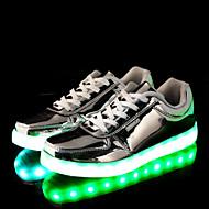 baratos Sapatos Masculinos-Homens Sapatos LED Couro Ecológico Primavera / Outono Conforto / botas de desleixo / Tênis com LED Tênis Antiderrapante Dourado / Prata