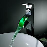 コンテンポラリー デッキマウント 滝状吐水タイプ LED with  セラミックバルブ 一つ シングルハンドルつの穴 for  クロム , バスルームのシンクの蛇口
