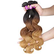 Black / Mansikka Blonde Runsaat laineet Brasilialainen Hiukset kutoo Hiuspidennykset 0.3kg