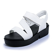 tanie Small Size Shoes-Damskie Obuwie Derma Wiosna / Lato Comfort Sandały Creepersy Odsłonięte palce Haczyk i pętelka White / Black / Green