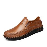 baratos Sapatos Masculinos-Homens Loafers de conforto Pele Napa Primavera / Verão / Outono Conforto Mocassins e Slip-Ons Caminhada Preto / Marron