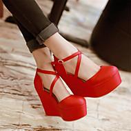 Női Szandálok Kényelmes PU Tavasz Hétköznapi Kényelmes Parafa Fekete Piros Lapos