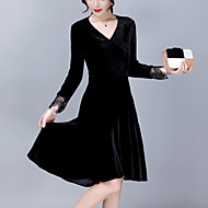 Dame Plusstørrelser I-byen-tøj A-linje Kjole - Ensfarvet Patchwork, Blonder Drapering Flettet Asymmetrisk V-hals