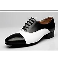 baratos Sapatilhas de Dança-Homens Sapatos de Dança Moderna Couro Oxford Recortes Salto Robusto Sapatos de Dança Preto-branco / Marron / Branco
