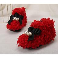 tanie Obuwie dziewczęce-Dla dziewczynek Buty Wełna Zima Jesień Comfort Buty do nauki chodzenia Klapki i japonki na Casual Black Gray Czerwony Różowy