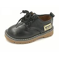 baratos Sapatos de Menino-Para Meninos Sapatos Courino Outono Conforto Oxfords Cadarço para Preto / Marron