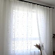 Propp Topp Dobbelt Plissert Blyant Plissert Window Treatment Moderne , Ensfarget Blomstret Stue Polyesterblanding Materiale Gardiner