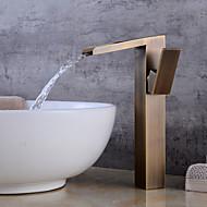 Integroitu Vesiputous Keraaminen venttiili Yksi kahva yksi reikä Antiikkikupari , Kylpyhuone Sink hana