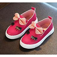 tanie Obuwie dziewczęce-Dla dziewczynek Buty Derma Wiosna Jesień Buty dla małych druhen Comfort Mokasyny i pantofle na Casual White Fuchsia Różowy