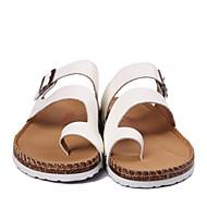 baratos Sapatos Masculinos-Homens Couro Ecológico Verão Conforto Chinelos e flip-flops Branco / Preto