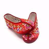 זול מוקסינים לנשים-בגדי ריקוד נשים נעליים משי אביב / סתיו נוחות נעליים ללא שרוכים עקב נמוך אדום