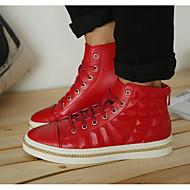 preiswerte -Herrn Schuhe Leder Frühling Herbst Komfort Sneakers für Normal Weiß Schwarz Rot