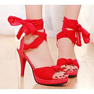 baratos Sapatos Femininos-Mulheres Com Laço Pele Nobuck Verão Conforto / Plataforma Básica Sandálias Salto Agulha Preto / Vermelho / Azul