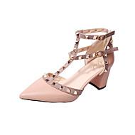 baratos Sapatos Femininos-Mulheres Sapatos Sintético / Couro Ecológico Verão Conforto Saltos Caminhada Salto Robusto Dedo Apontado Tachas Preto / Vermelho / Rosa
