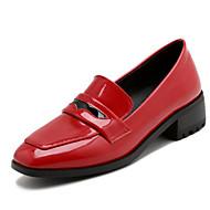 baratos Sapatos Femininos-Mulheres Sapatos Confortáveis Couro Envernizado Primavera & Outono Mocassins e Slip-Ons Salto de bloco Ponta Redonda Vermelho / Verde / Rosa claro