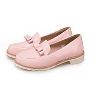 baratos Sapatos Femininos-Mulheres Sapatos Couro Ecológico Outono Conforto Mocassins e Slip-Ons Sem Salto Branco / Preto / Rosa claro