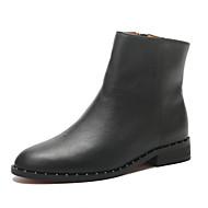 baratos Sapatos Femininos-Unisexo Coturnos Pele Primavera & Outono Formais Botas Salto Baixo Ponta Redonda Botas Curtas / Ankle Tachas Preto