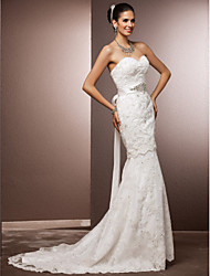 cheap -Mermaid / Trumpet Sweetheart Neckline Court Train Lace Made-To-Measure Wedding Dresses with Beading / Sash / Ribbon / Crystal Floral Pin