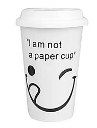 Delicado do copo de café (cor aleatória)