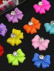 100pcs mélange noeud papillon de résine de couleur avec des accessoires en strass pas inclus boîte 3d nail art décoration