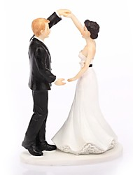 Cake Topper Non-personalized Classic Couple Resin Wedding White / Black Classic Theme Gift Box