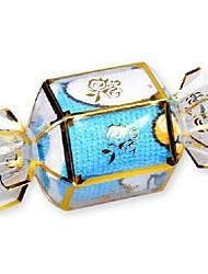Недорогие -подарок на день рождения конфеты форма волокна творческой полотенце (случайный цвет)