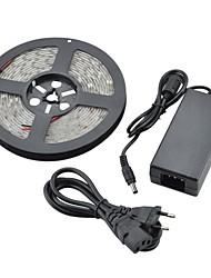 Недорогие -водонепроницаемый 5м 36w 1800lm 150x5050 SMD холодный белый свет Светодиодные полосы света (DC 12V)