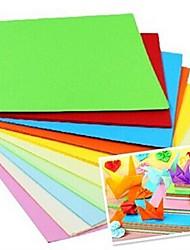 100 pièces de Papercranes de parfum de matériaux d'origami 7 * 7cm (8color / paquet de couleur aléatoire)