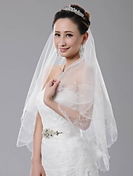 cheap -One-tier Scalloped Edge Wedding Veil Fingertip Veils With Embroidery 59.06 in (150cm) Tulle