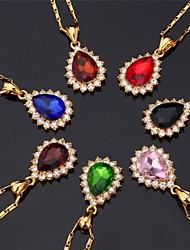 baratos -Mulheres Diamante sintético Strass Chapeado Dourado Imitações de Diamante Gargantilhas Colares com Pendentes  -  Fashion Formato Circular