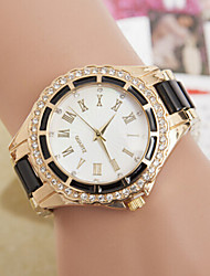 Women's Round Dial Case Alloy Watch Brand Fashion Quartz Watch Cool Watches Unique Watches Strap Watch
